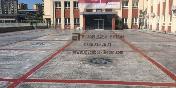 İstanbul Başakşehir Özel Çınar Fen Lisesi Baskı Beton Uygulamasının Bitmiş Hali