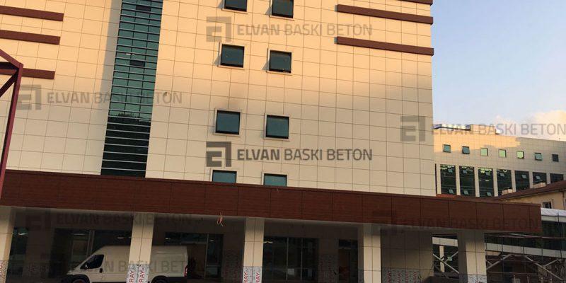 Yeni Yapılan İzmit Hastanesi Baskı Beton Uygulaması